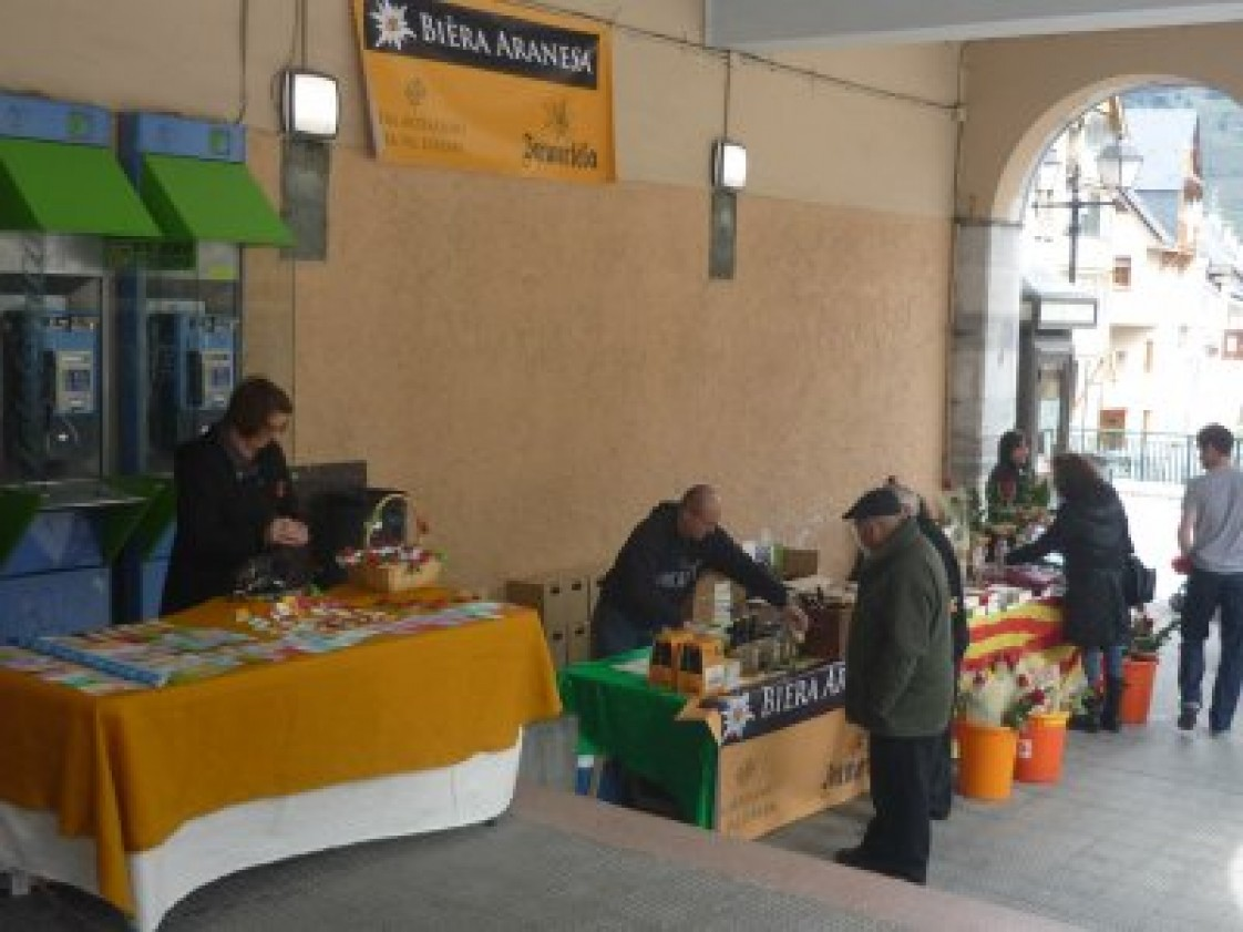 Mercat d'Artesans entà Sant Jordi